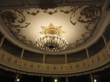 05_theater